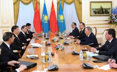 Meeting with Xi Jinping, Chairman of the People's Republic of China, who is in Kazakhstan on an official visit